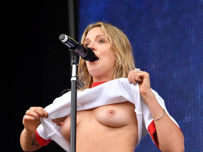 Tove Lo nude