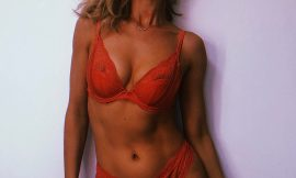 Rosie Huntington-Whiteley Topless And See Through Lingerie Pics