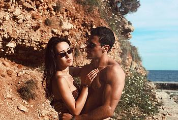 Michelle Hunziker and Aurora Ramazzotti nude