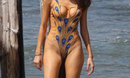 Blanca Blanco Posing In Tight Sexy Swimsuit
