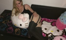 Avril Lavigne Leaked Nude And Sexy Lingerie Thefappening Archive