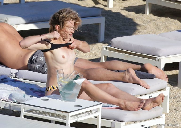 Stephanie Pratt Tanning Topless On A Beach