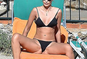 Yasmin Brunet Nude