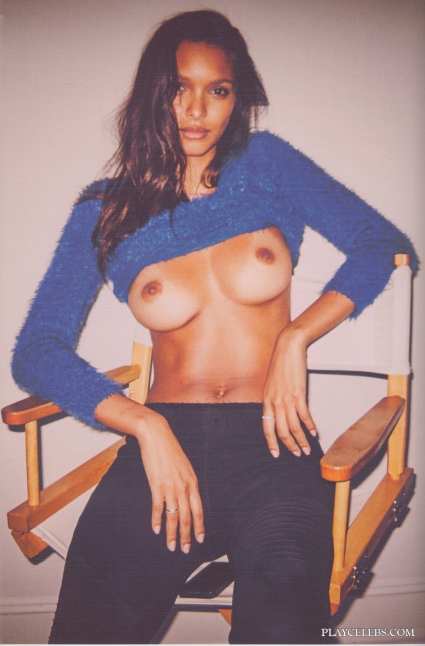 Super Model Lais Ribeiro Exposing Her Perfect Butt And Tits