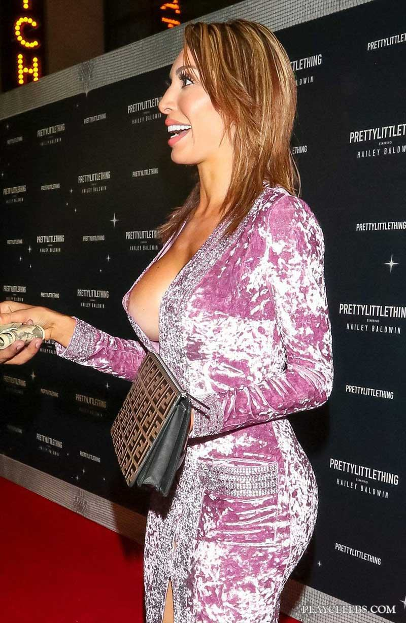 Farrah Abraham Flashing Her Sweet Nipple And Shaved Pussy