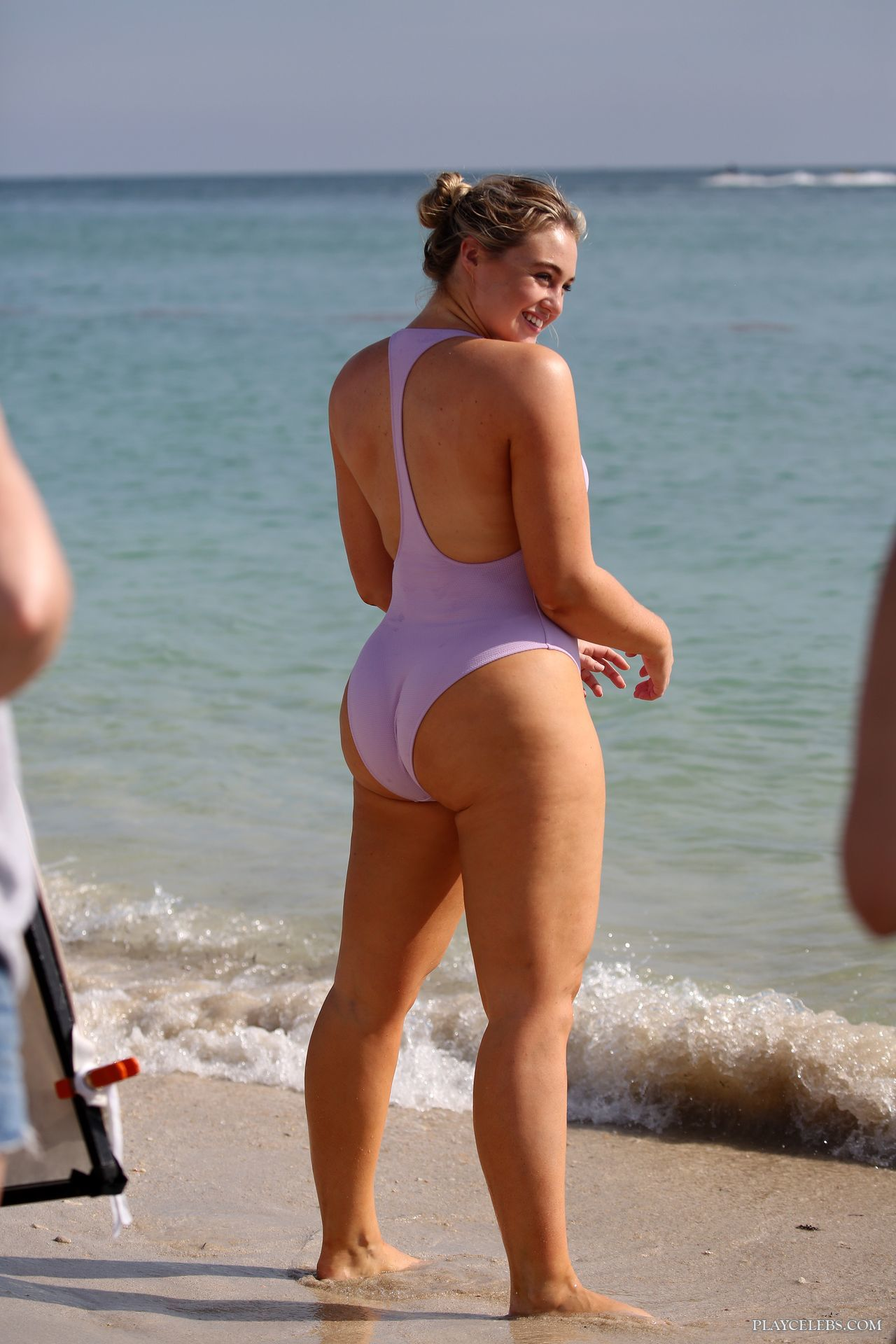 Iskra Lawrence Displays Her Puffy Body In Bikini During Photoshoot