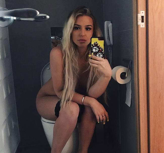 Tana Mongeau Nude