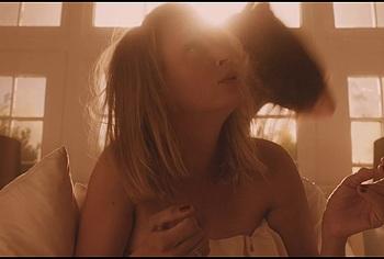 Uma Thurman & Maggie Q nude