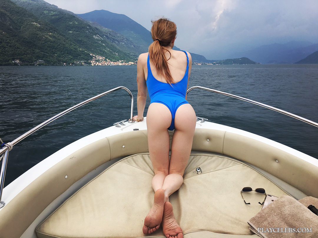 Caity Lotz Exposing Her Gorgeous Butt On A Boat