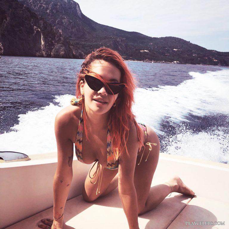 Rita Ora Relaxing With Her Boyfriend In Hot Bikini
