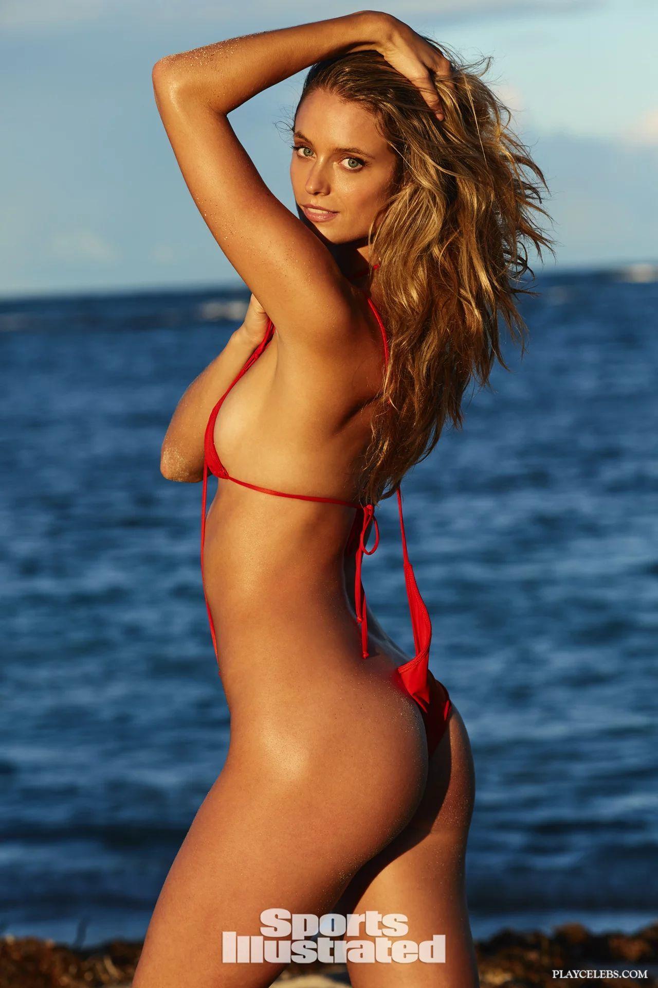 Model Kate Bock Cameltoe And Bikini On A Beach