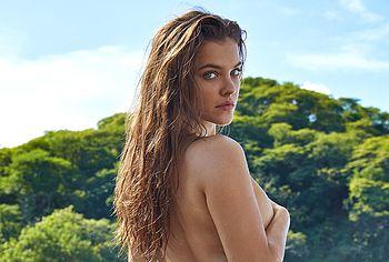 Barbara Palvin Nude