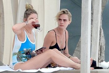 Ashley Benson & Cara Delevingne nude
