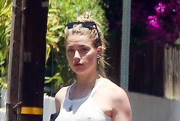 Amber Heard nude