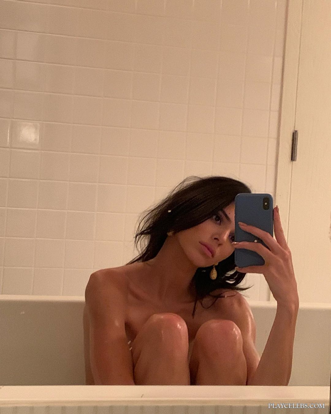 Kendall Jenner Naked In A Bathtub