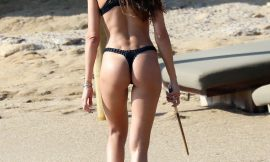 Super Model Izabel Goulart Shows Off Her Perfect Ass In Thong Bikini