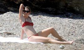 Maria Sharapova Sunbathing In Sexy Red Bikini