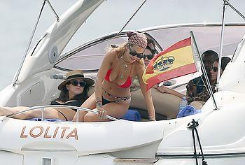 Rita Ora nude