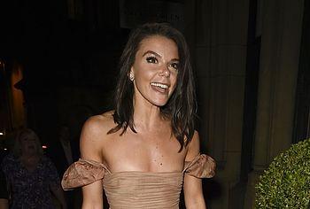 Faye Brookes nude