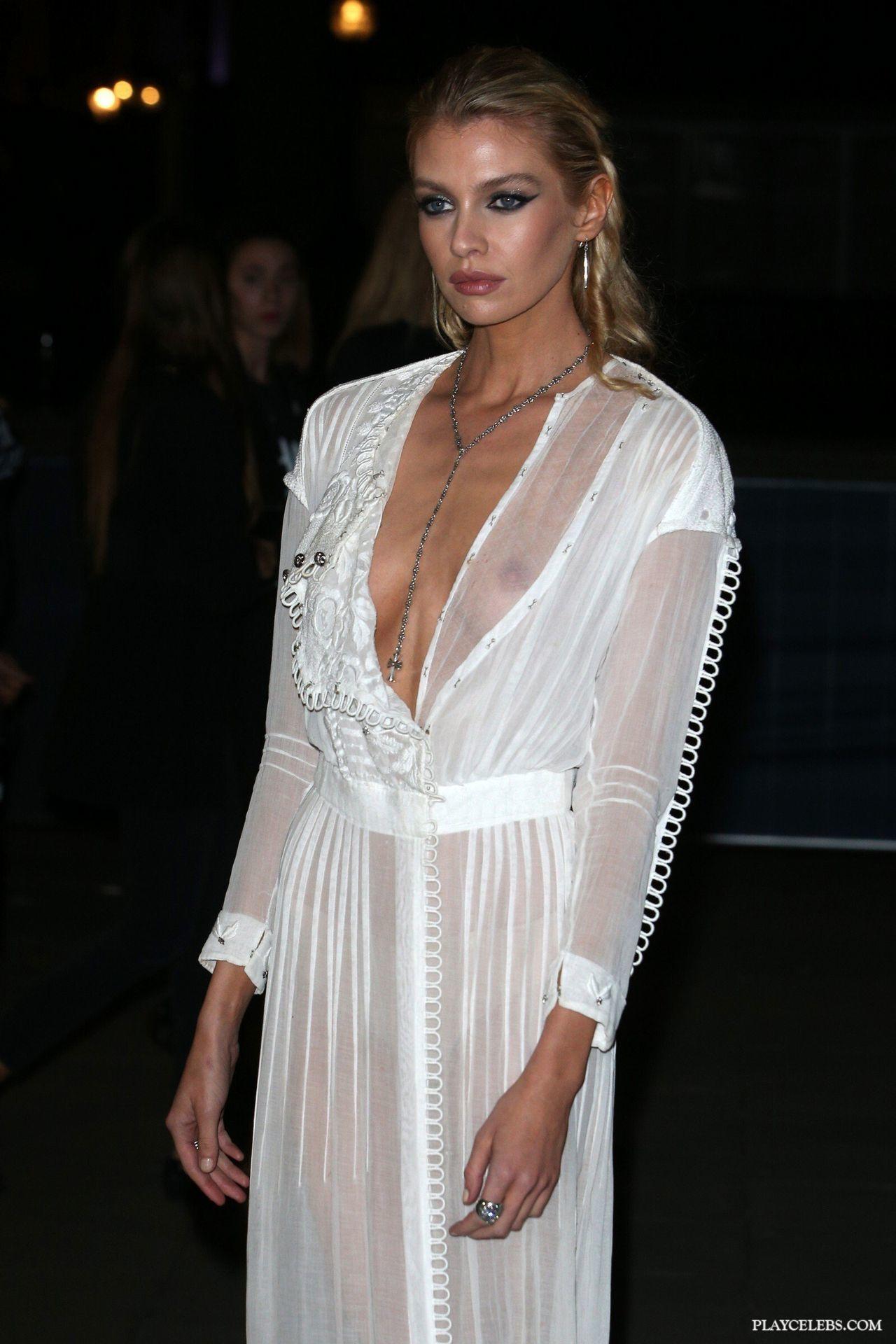 Stella Maxwell Flashing Her Amazing Tits Through Dress