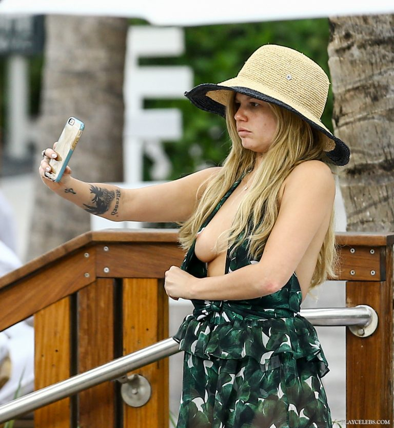 Chanel West Coast Nude And Hot Photos