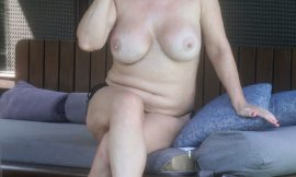 Lisa Appleton Big Tits Topless Photos