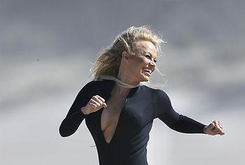 Pamela Anderson oops