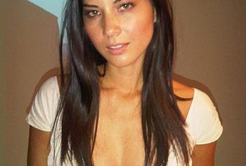 Olivia Munn nude