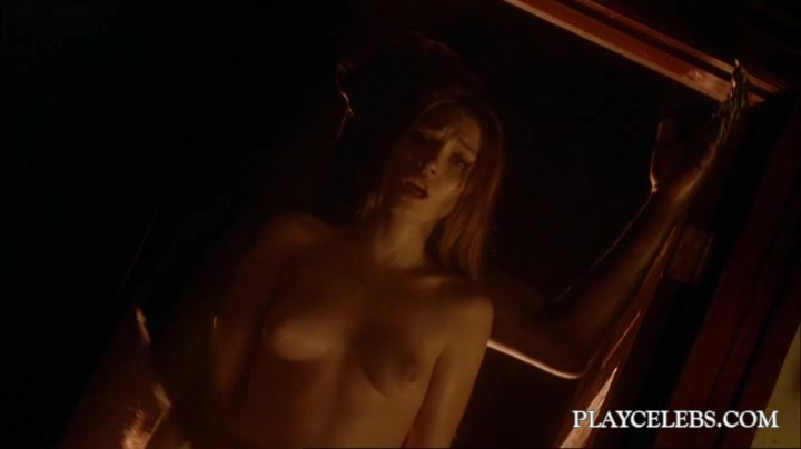 Clare Grant  nackt