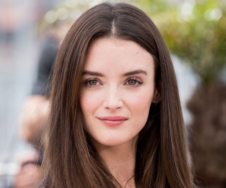 Charlotte Le Bon New Hacked Nude And Hot iCloud Scandal 2019