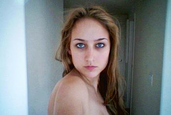 leelee sobieski leaked nude