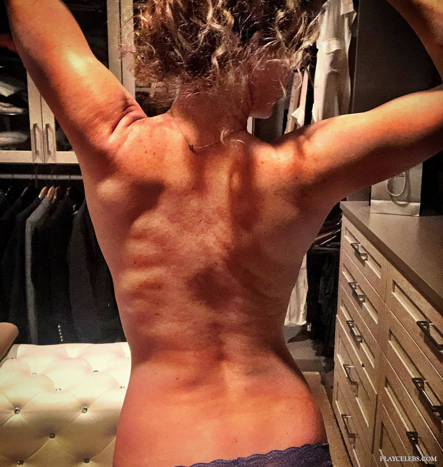 Dina Meyer Nude And Sexy Selfie Photos