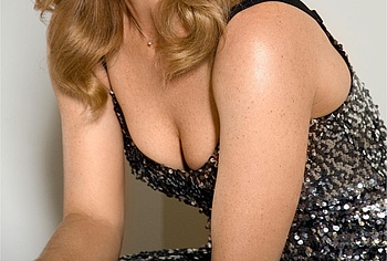 dina meyer cleavage