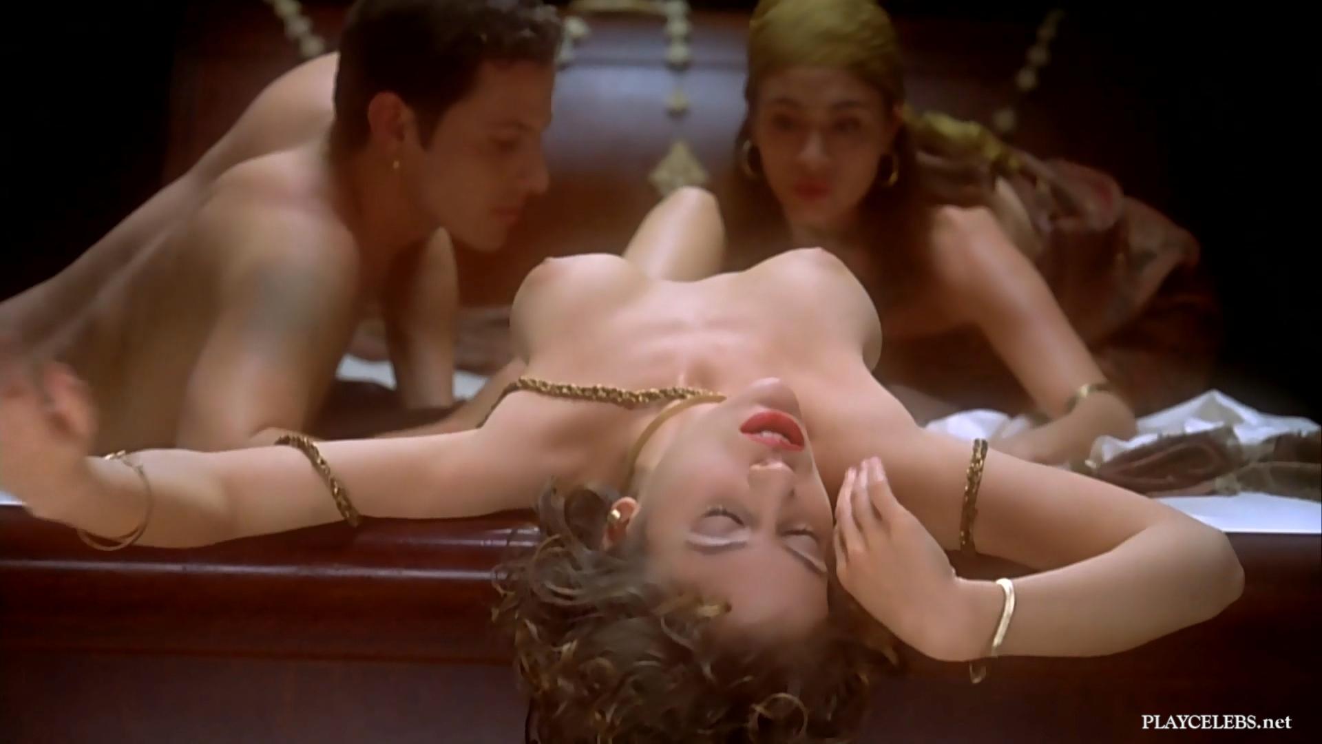 Alyssa Milano Nude Thresome Sex In Embrace of the Vampire