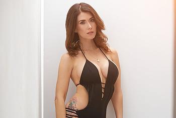 Jewel Staite bikini