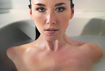 Jewel Staite nude photos