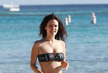 Rachel Bilson nude sexy shots