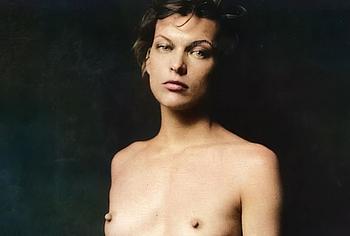 Milla Jovovich hairy pussy