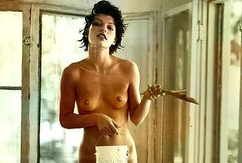 Milla Jovovich naked pics
