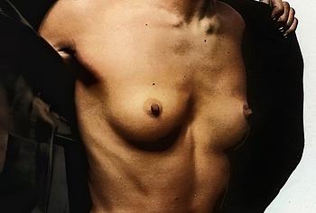 Milla Jovovich sex nude