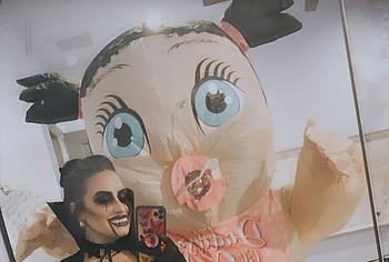 Demi Lovato nipslip