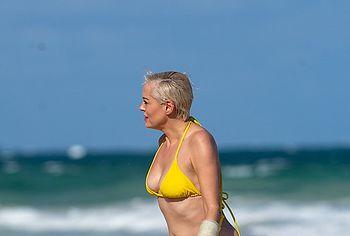 Rose McGowan leaked nude photos