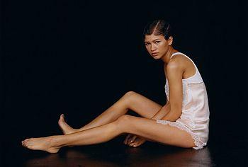 Zendaya nude photos