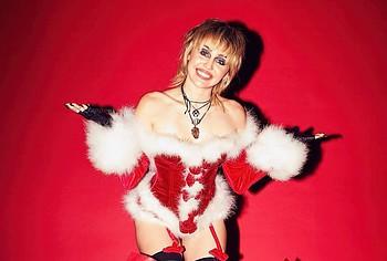Miley Cyrus naked photos