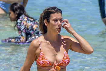 Kate Walsh topless