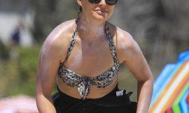 Natalie Portman Paparazzi Sexy Bikini Beach Photos