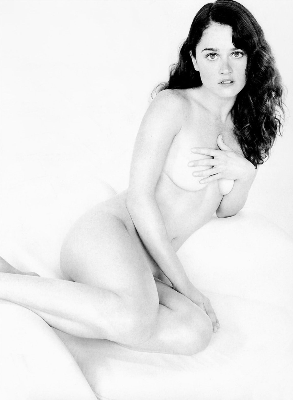 Robin Tunney Nude And Oops Photos