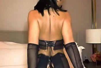 Rihanna striptease