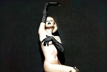 Christina Aguilera naked photoshoots