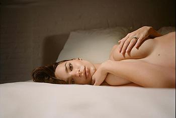 Emily Ratajkowski pregnant nude